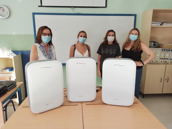 El AMPA La Dársena ha donado tres purificadores de aire con filtros HEPA para las aulas de Infantil
